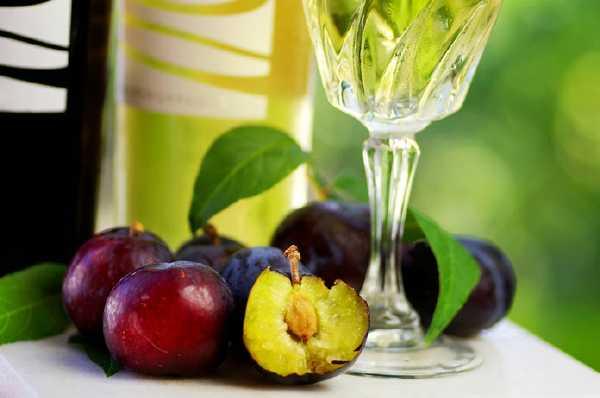Вино сливове