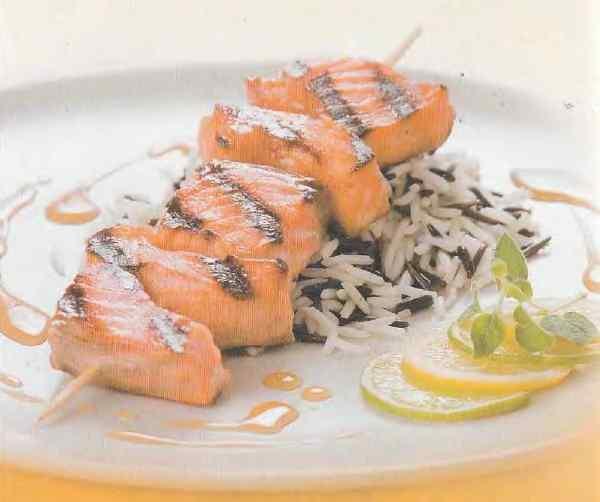Шашлик з лосося з соєвим соусом