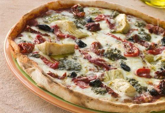 Піца з овочами запеченими