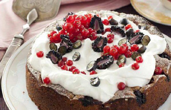 Пиріг ягідний з хересом