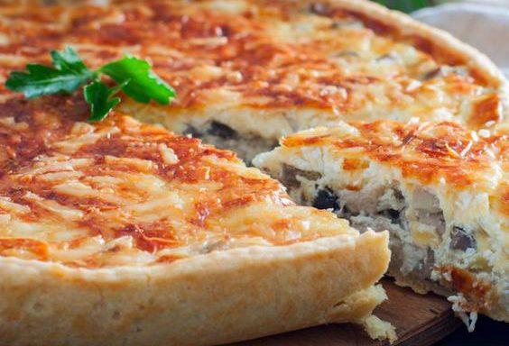 Торт (французький з грибами, рисом і яйцями)