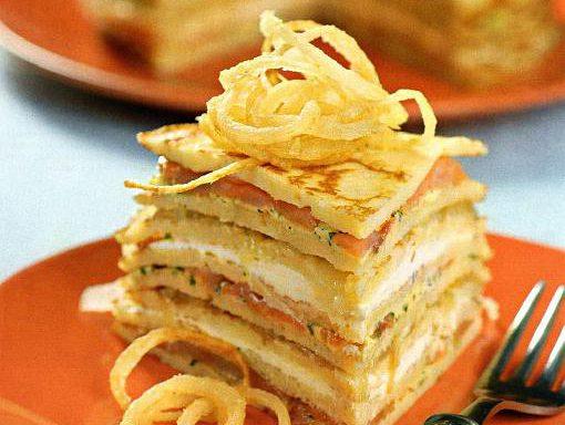 Пиріг млинчастий з лососем або фореллю