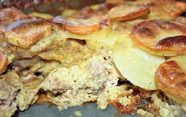 Торт картопляний з ягнятиною