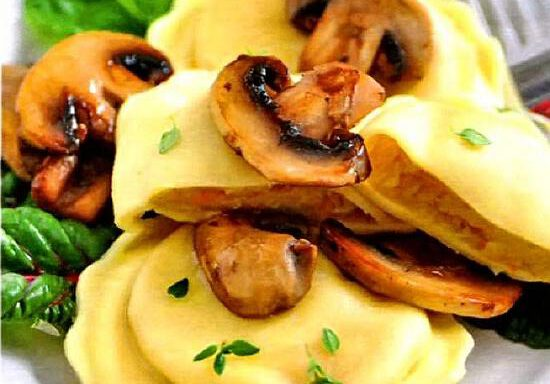 Кльоцки з грибами смаженими